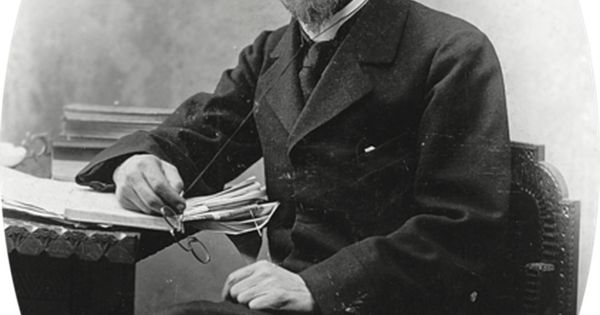 a marriage proposal anton chekhov essay Essays and criticism on anton chekhov - critical essays the marriage proposal by anton chekhov is a farce aimed at the russian aristocrats' pride in and.