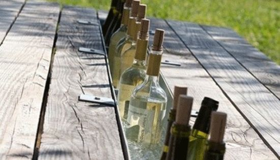 Poppytalk: Weekend Project : Picnic Table Wine Cooler