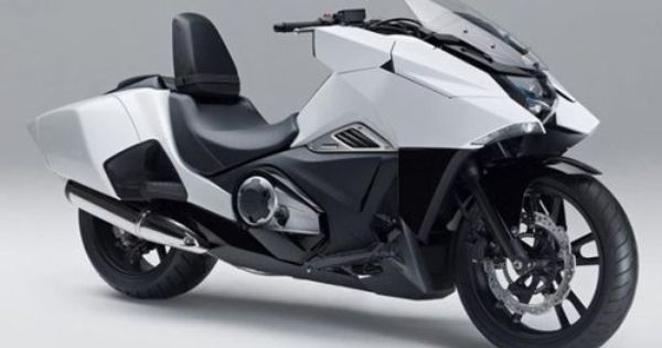honda nm4 vultus le maxi scooter inspir des mangas. Black Bedroom Furniture Sets. Home Design Ideas