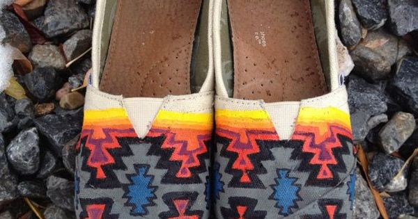 Navajo inspired hand painted Tom shoes. $125.00, via Etsy.