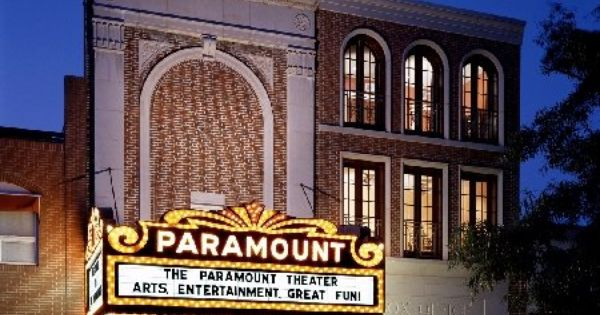 The historic paramount theater on the downtown mall in charlottesville va the downtown mall for Exterior alternatives richmond va