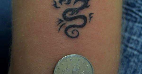 100 elegant tattoo designs small dragon tattoos tattoo and dragons. Black Bedroom Furniture Sets. Home Design Ideas