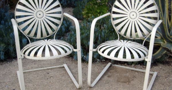 Pair Of 1940 S Carre Sunburst Chairs Carre Chair