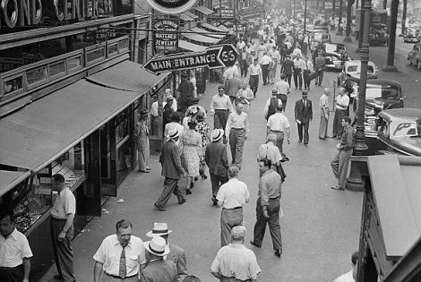Never-before-seen photos from 100 years ago tell vivid ...