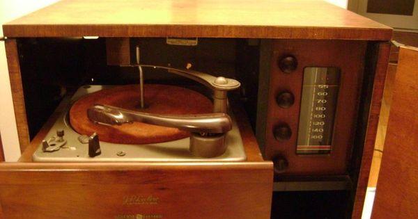 Kijiji meuble radio tourne disque 30 buy or cry for Meuble antique kijiji