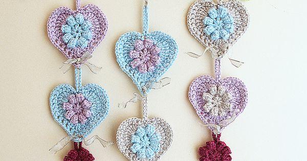 Free Crochet Hanging Heart Pattern : Free crochet pattern - Crocheted hearts wall hanging on ...