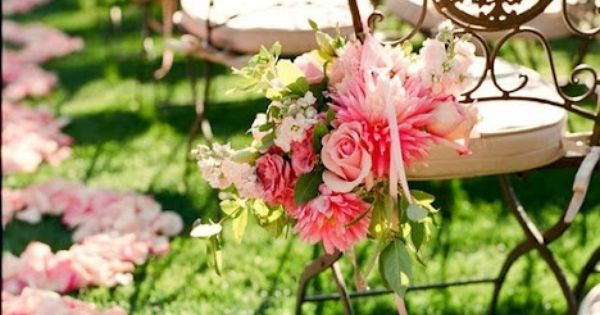 The Garden Wedding: Outdoor Wedding Venues wouldn't piles of rose petals be
