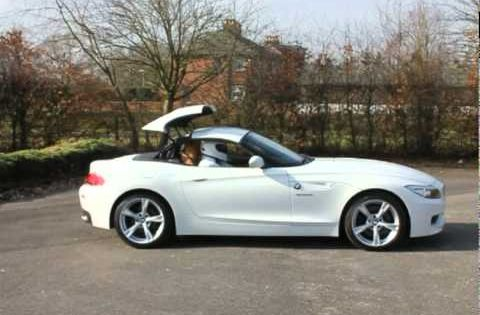 Bmw Z4 3 5 Sdrive Convertible Alpine White Avi With Images Bmw