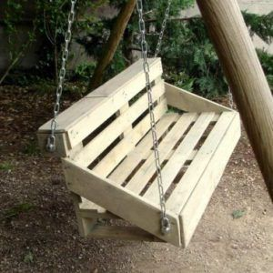Easy Diy Tutorial Build Install One Pallet Swing Bench Diy
