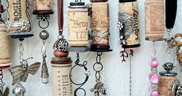 Wine Cork Ornaments (great idea for ceiling fan chain pulls)