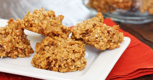 Pumpkin Spiced Oatmeal Pecan Cookies The way these look kind of makes