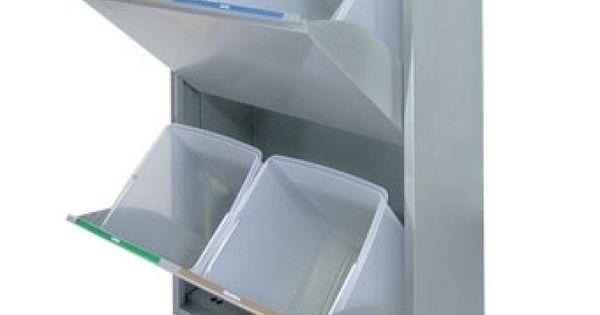 Cubos de basura de reciclaje para espacios reducidos for Cubos de reciclaje ikea