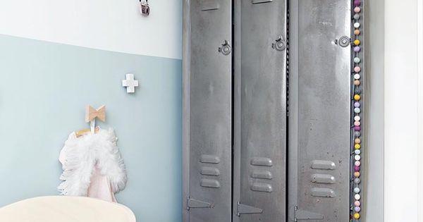 Leuke muurdecoratie en deze stoere kast laat zien dat een meisjeskamer echt niet zoetsappig - Laat kast ...