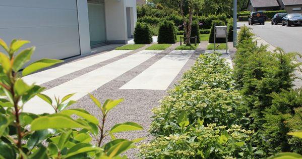 Aangelegde tuinen door tuinonderneming monbaliu moderne tuin met speelse oprit en ruime - Aangelegde tuin met kiezelstenen ...