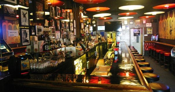 10 classic dive bars to visit this summer bar interior - Dive bar definition ...