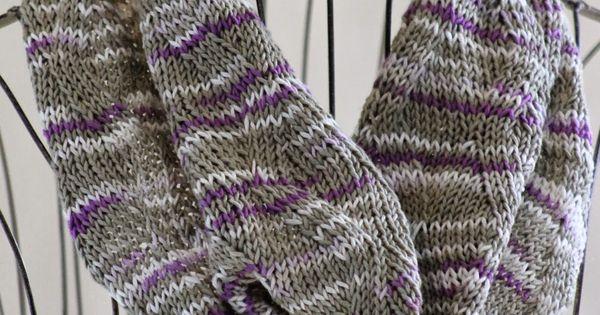 Zig Zag Stitch Loom Knitting : Zigzag ribbon stitch cowl knit with about yards of