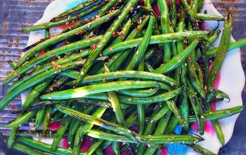 Sweet Sesame Snapped Green Beans - Eat these all summer fresh from