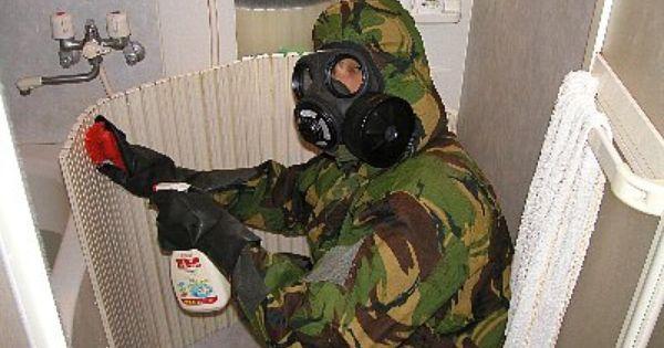お風呂掃除の時はガスマスク装備がよいらしい 風呂掃除 ガスマスク お風呂