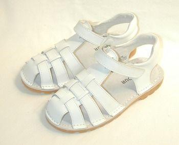 Girls sandals, Closed toe sandals