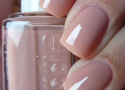 Fall nail color ESSIE Nail Polish - 'Not Just A Pretty' face
