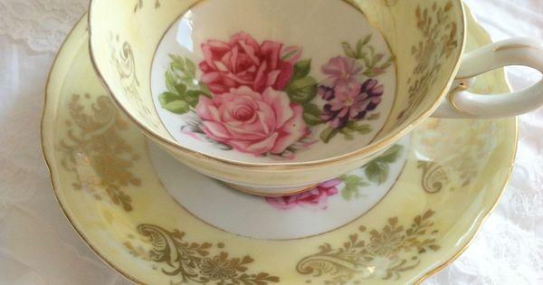 vintage teacup saucer gedeckter tisch pinterest geschirr porzellan und sammeltassen. Black Bedroom Furniture Sets. Home Design Ideas