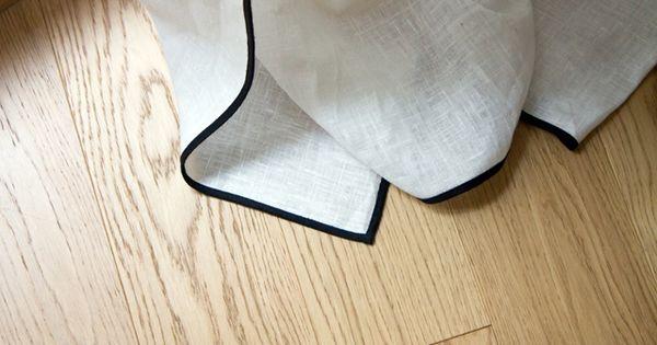 juste un biais noir sur un rideau blanc rideaux caravane. Black Bedroom Furniture Sets. Home Design Ideas