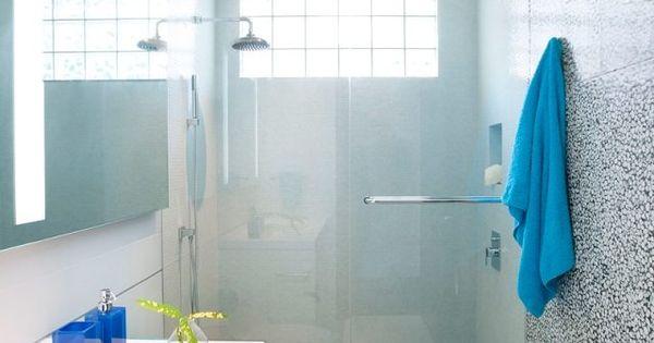 28 id es d 39 am nagement salle de bain petite surface minis et salle de bains. Black Bedroom Furniture Sets. Home Design Ideas