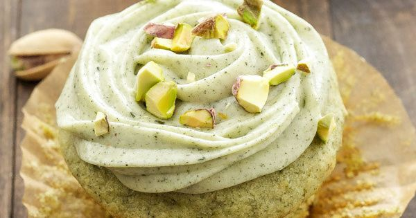 Pistachio Green Tea Cupcakes with Matcha Cream Cheese Frosting   Community Post: