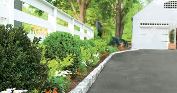 How To Install Belgian Block Driveway Edging Driveway Edging Driveway Landscaping Landscape Edging