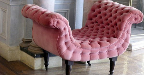 This is the chair of my dreams I want n need it!!!!!