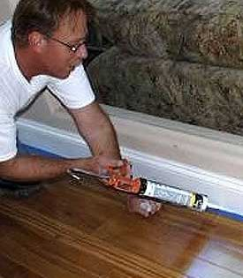 Caulk Baseboard How To Fill The Gap Between Baseboard And Hardwood Caulk Baseboards Baseboards Caulk