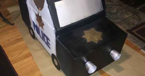 10 Ideas About Cardboard Box Cars On Pinterest: Police Car Out Of Cardboard Boxes.
