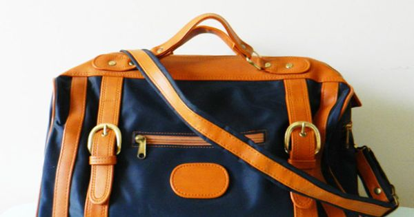 Navy Weekender by Amelia Bedelia Vintage >> Great travel bag, classic style.