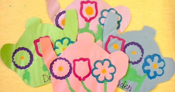Kinder Craze A Kindergarten Teaching Blog Mother S Day Theme Mother S Day Activities Mothers Day Crafts