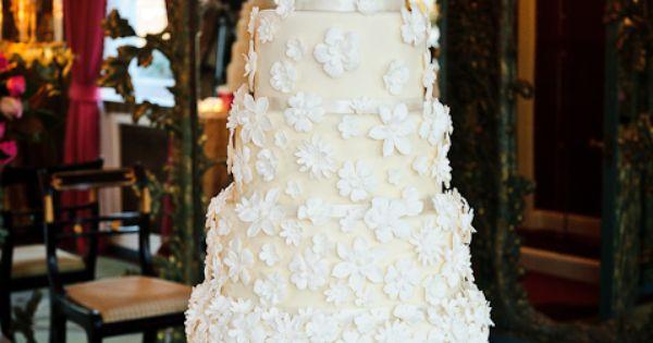 Beautiful white cake!