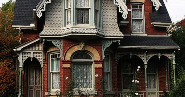 Classic cabbagetown victorian arquitectura victoriana - Arquitectura victoriana ...