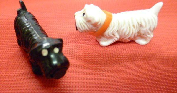 Kult Aus Der Ddr Originale Magnet Hunde Ein Parchen In Weiss