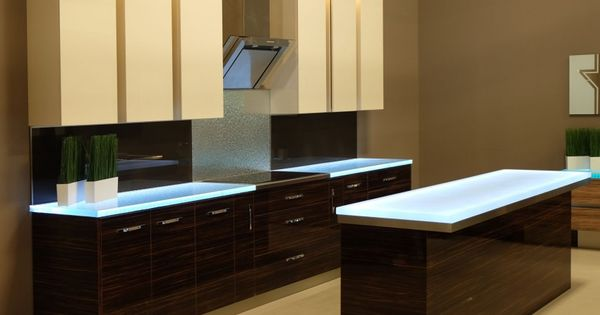 The Modern Kitchen Redefined With Glass Homedsgn Cozinhas