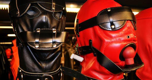 sex herne gasmasken fetisch