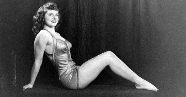Adrienne Nichols, Girl Wrestler. 1948. | 1920's - 1950's ...