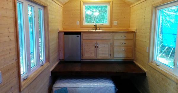 Tiny house without a loft bed on the ground floor tiny for Tiny house without loft bed