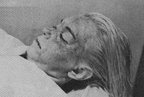 Marilyn Monroe Dead Bo...