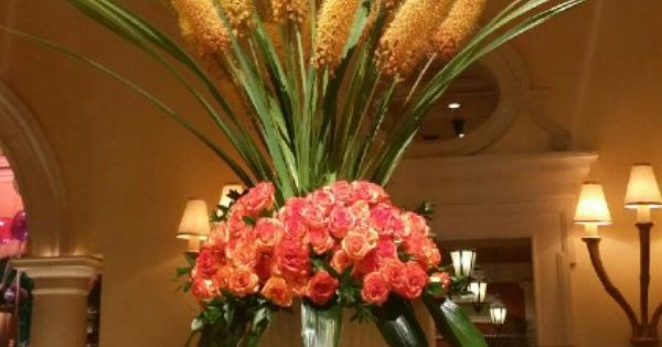 Expectacular summer arrangement at the lobby of