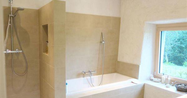 Salle de bain moderne avec douche et baignoire villa for Boffi salle de bain