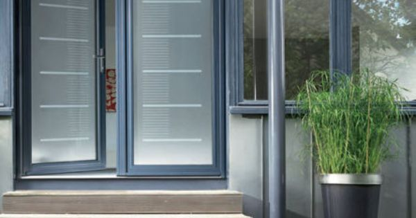 Porte d 39 entr e vitr e en aluminium toise k line portes - Porte vitree en aluminium ...