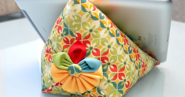 how to make ipad bean bag | iPad Stand Tutorial {free pattern}Make
