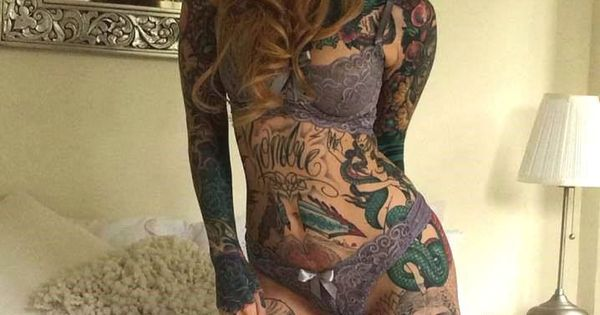 Little linda hot models always have tats pinterest for Little linda tattoo