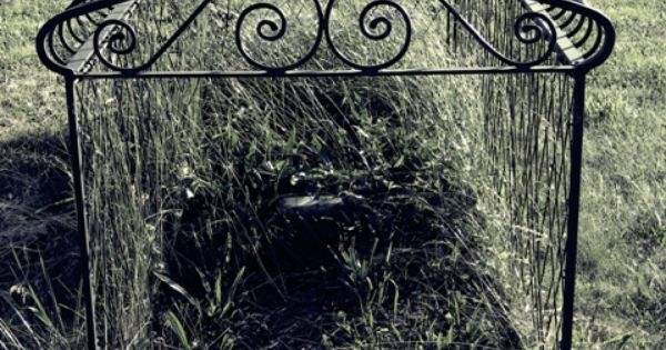 victorian grave cages victorian grave cage used to discourage undead from roaming the. Black Bedroom Furniture Sets. Home Design Ideas