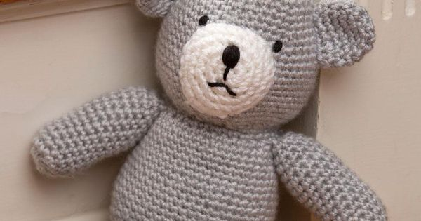 Birthday Bear for a Prince Free Crochet Pattern from Red ...