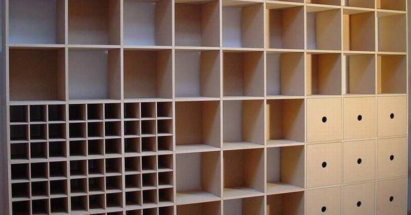 Boekenkast muurkast naar eigen indeling in een kamer die over is een inloopkast waar zo wel - Deco d een volwassen kamer ...